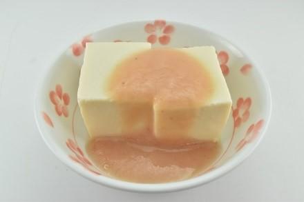 豆腐の梅ダレかけ